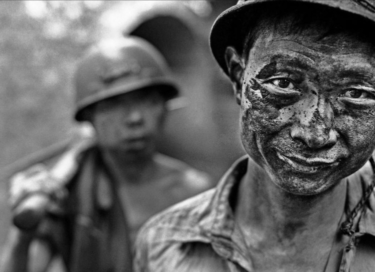 Striking Photos Reveal Harsh World of China's Unregulated Mines
