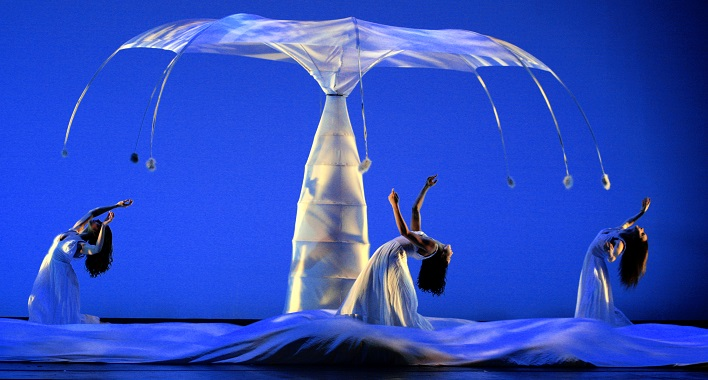 Momix brings nature-inspired dance show Botanica to Daning Theatre