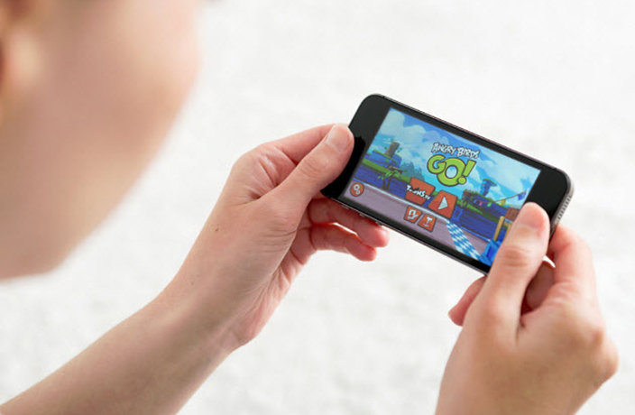China Bans English in Mobile Games, Developers Pissed