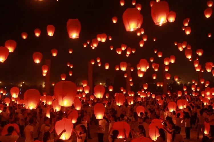 Sep 15-17: Mid-Autumn Festival