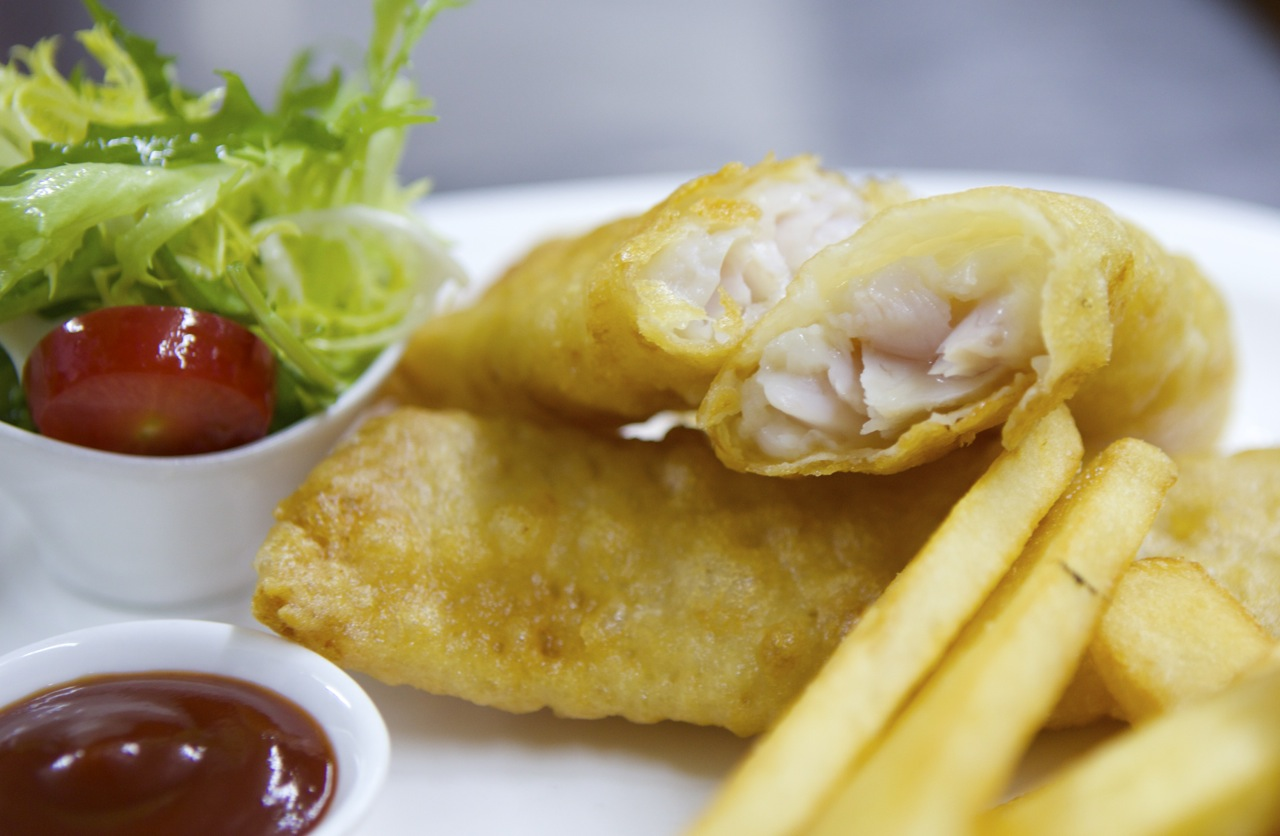 Watch how to make classic fish and chips that s guangzhou for How to make fish and chips