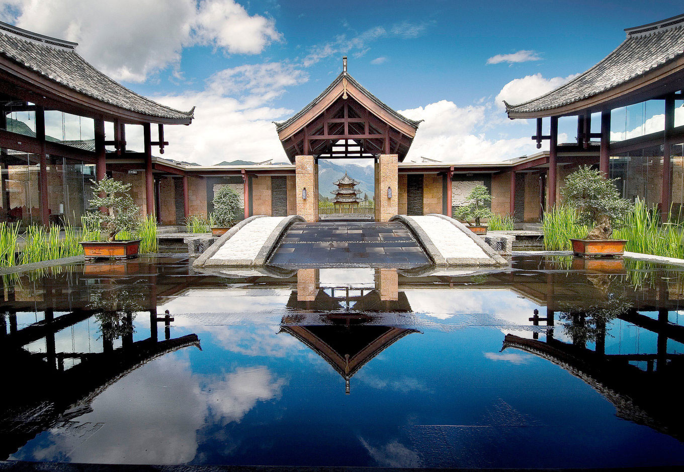 Win a Stay at the Banyan Tree Lijiang's Luxurious Jet Pool Villa