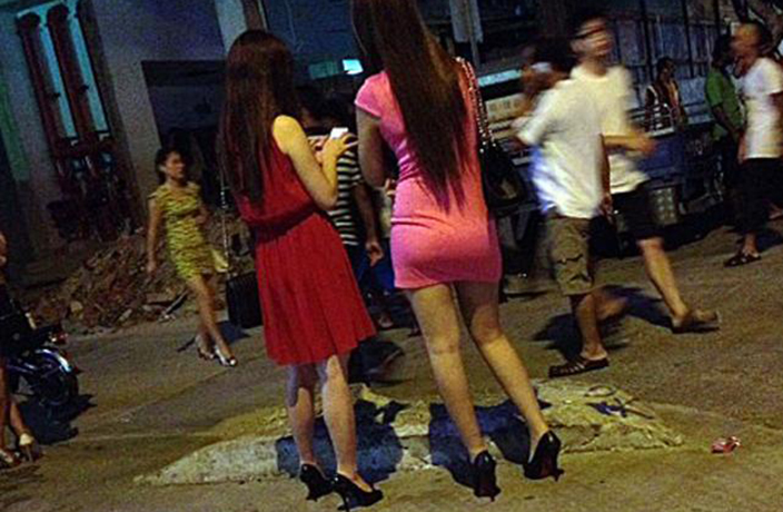Beijing Police Arrest 77 in Nightclub Prostitution Raids