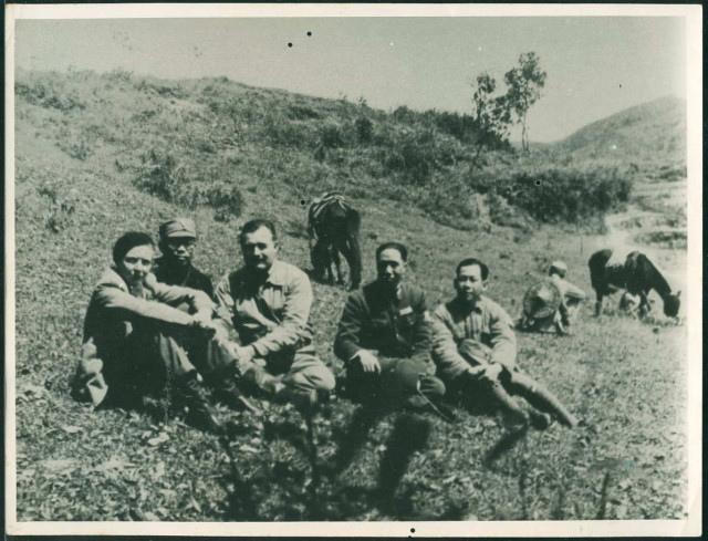 Hemingway Gellhorn China