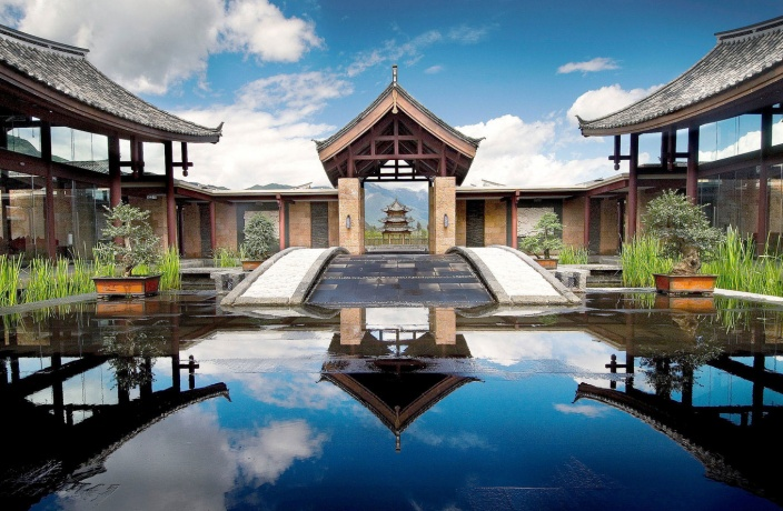Last Chance to Win a Stay in Lijiang!