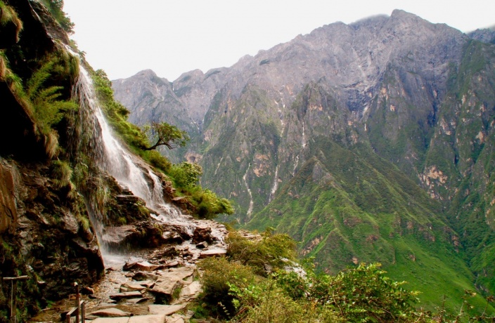 Unmissable Trek: Tiger Leaping Gorge