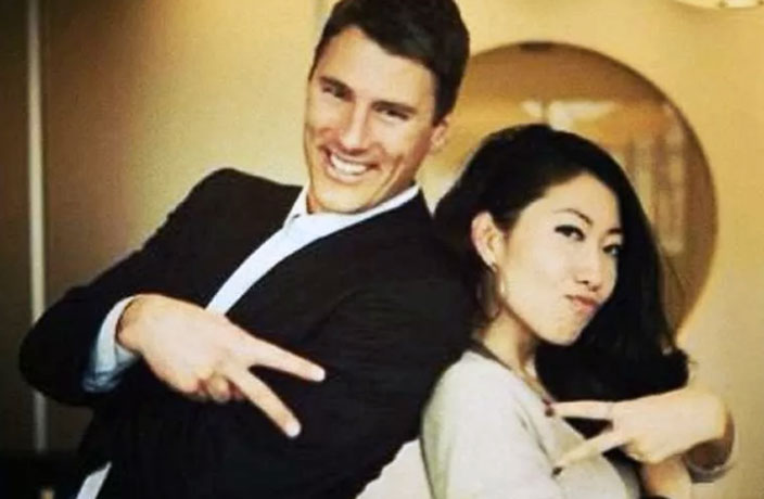 Vancouver Mayor Splits from Pop Star Whose Mother Faces Death Penalty in China