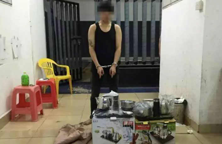 Burglar in Guangdong Threatens to 'Burn Down Factory'