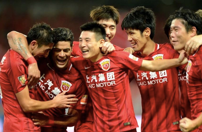 WATCH: SIPG Thrash Shenhua 6-1 in Shanghai Derby Goalfest