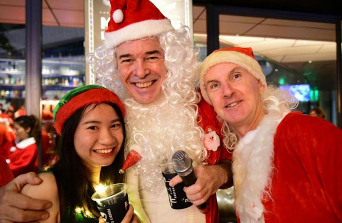 Kent Highet on Why This Year's Guangzhou Santa Pub Crawl Was the Best Yet