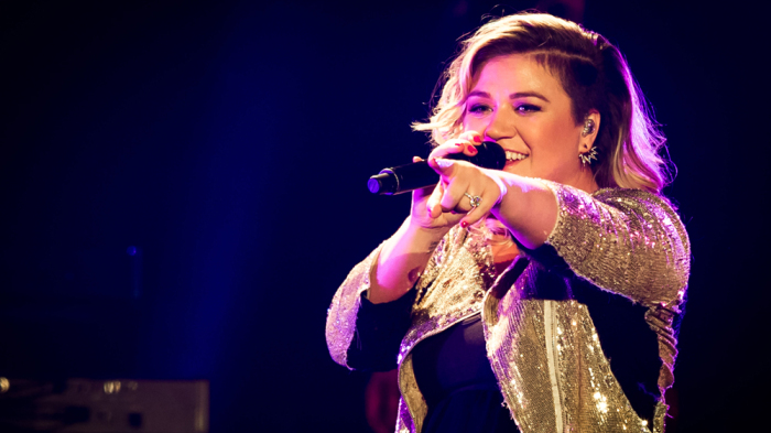 Famous People Born in the Year of the Dog Kelly Clarkson