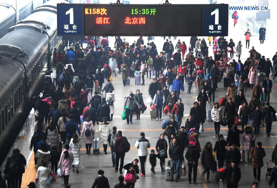 PHOTOS: CNY Traffic Jams, Train Stations