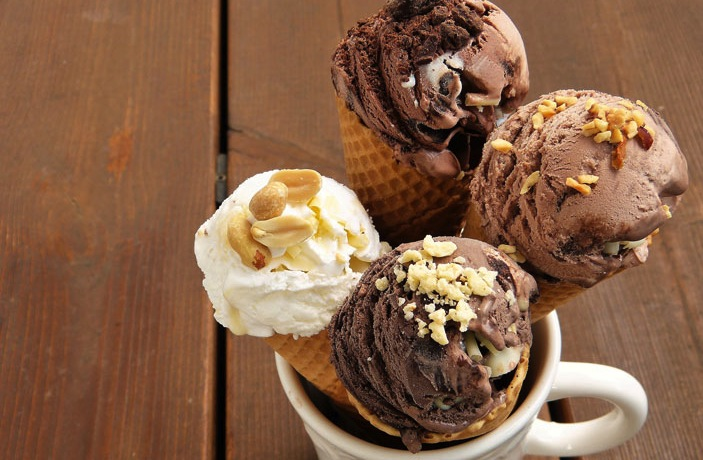 8 Brave Competitors Battle for That's Shanghai's Ice Cream Cup