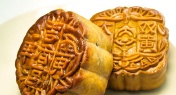 Infographic: Just How Much Fat is in a Moon Cake?