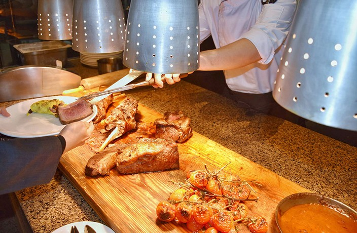 Tianjin Event of the Week: Weekend Brunch at Tianjin Renaissance Lakeview Hotel