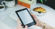 Rekindle Your Passion for Reading with These Amazon E-Readers