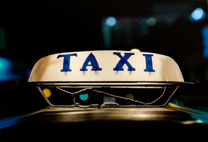 Useful Mandarin Phrases: Taking a Taxi