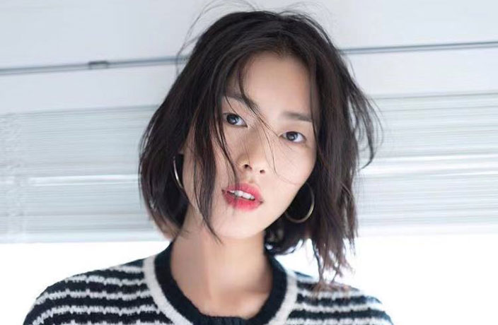 5 Fast Facts About 'China's First Bona Fide Supermodel,' Liu Wen