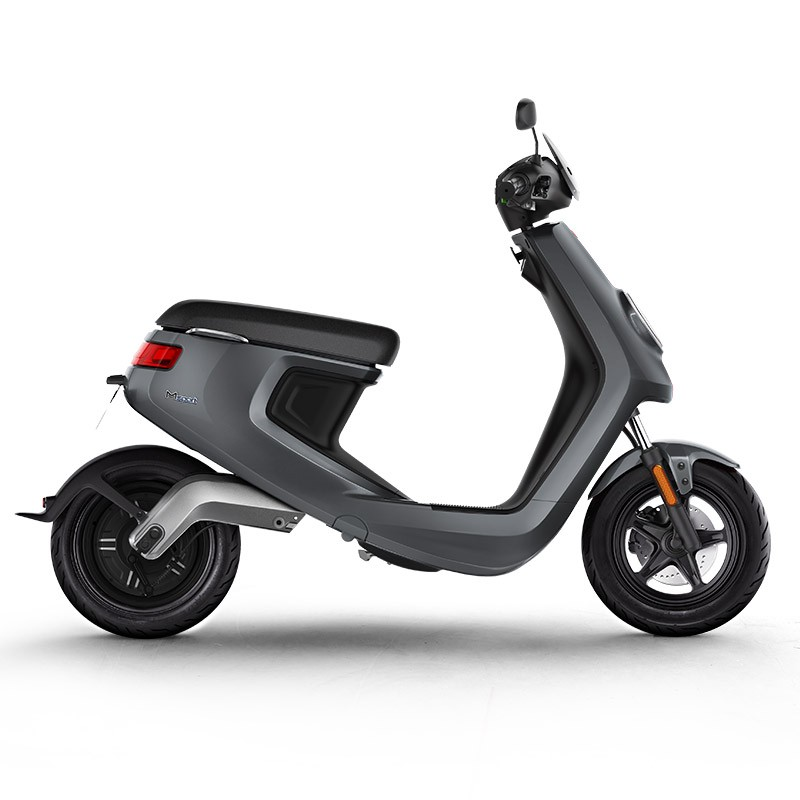 Do Away With Nerve-Racking Commutes with these Smart Scooters
