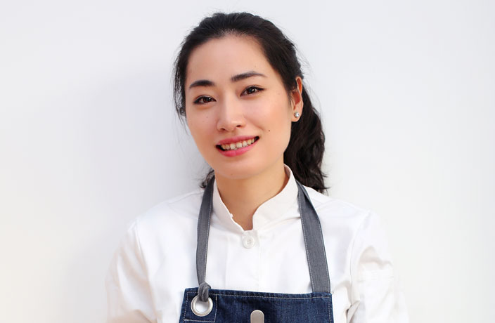 Interview: Chef Danyi Gao Brings Hanoi Street Food Staples to Shanghai