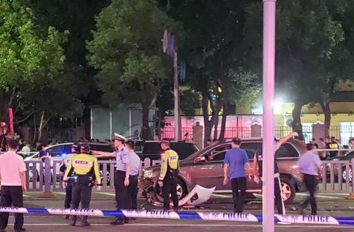 Shenzhen Driver Kills 3 Pedestrians in Rush Hour Accident