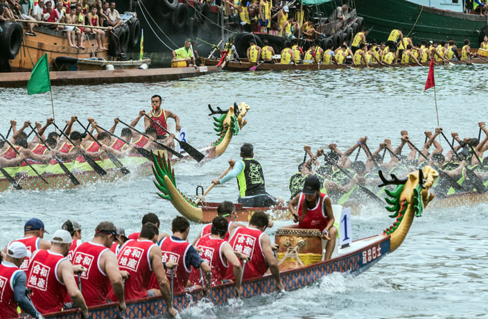 Dragon Boat Races in China Rescheduled for Gaokao