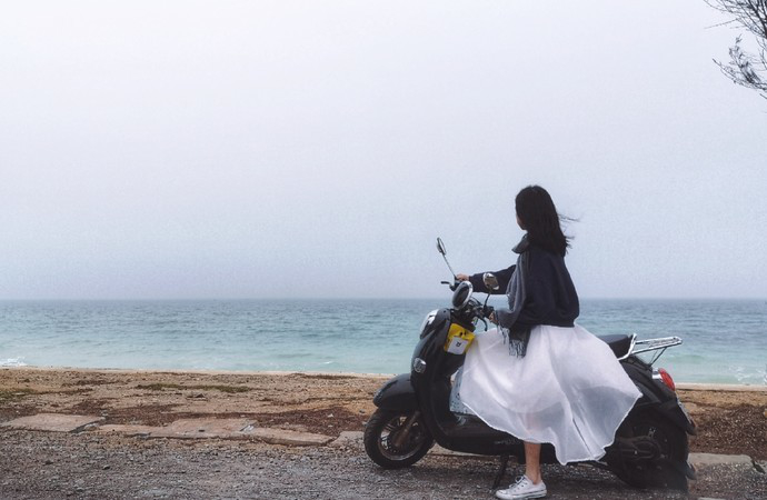 weizhou-island-scooter.jpg
