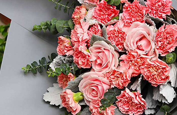 These Fresh Bouquets Are Up to 30% Off Right Now