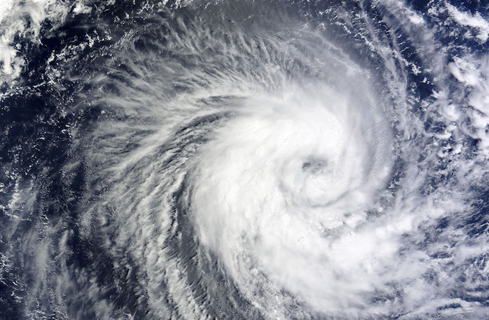 Red Alert Issued with Typhoon Lekima Set to Hit Shanghai
