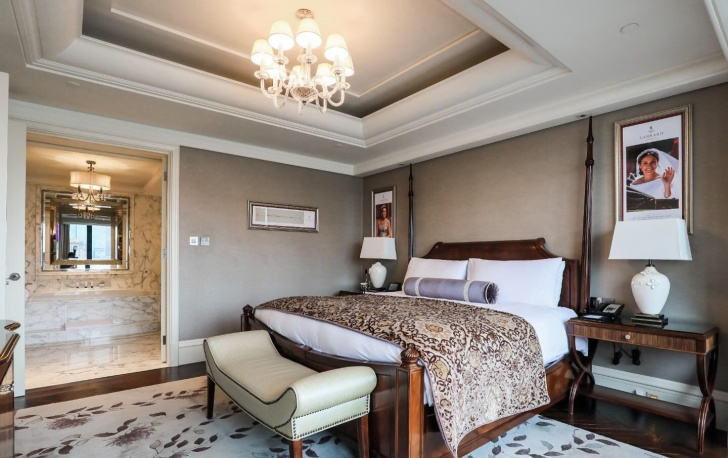 Where Jewelry Meets Heritage: The Waldorf Astoria Shanghai on the Bund X Garrard