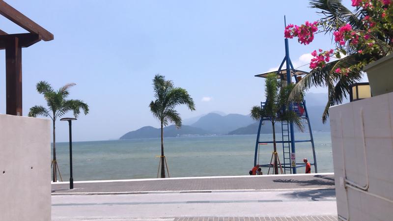 jiaochangwei-beach.jpg