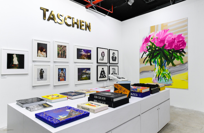 TASCHEN-at-West-Bund-Art-Design-2019-1-.JPG