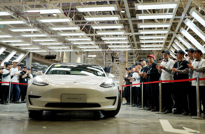 China-made Tesla Model 3 Deliveries to Start Next Week