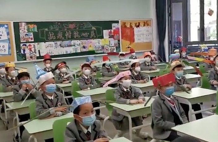 Chinese Kids Wear 'One-Meter Hats' to Practice Social Distancing