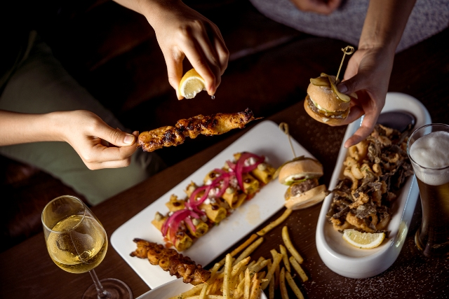 The-Apartment_Appeitizers_Flautas-and-Bite-Me-Sliders-.jpg