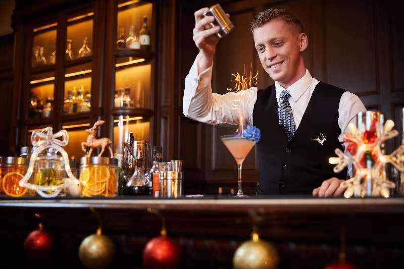 Celebrate in Historic Style at the Long Bar NYE Count Down Party