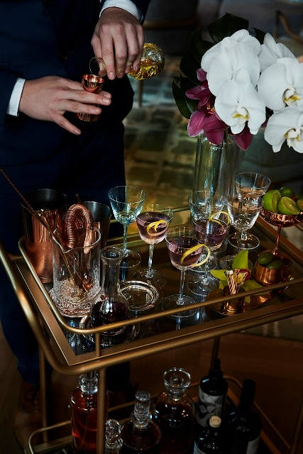 St.-Regis-Bar-Violet-Hour.jpg
