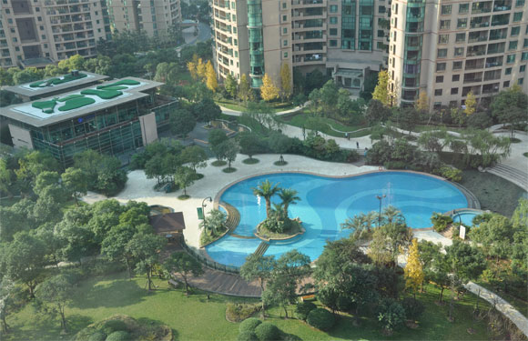 Shanghai 39 s best pools 2015 that s shanghai for Garden town pool