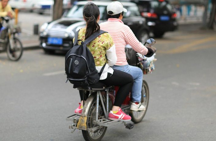 Shenzhen Launching Crackdown Against E-bike Taxis