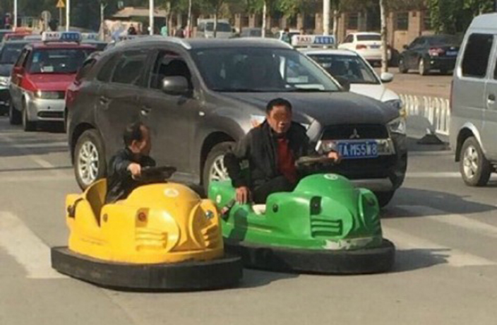 Drivers in Bumper Cars Tear Up the Streets in Northern China