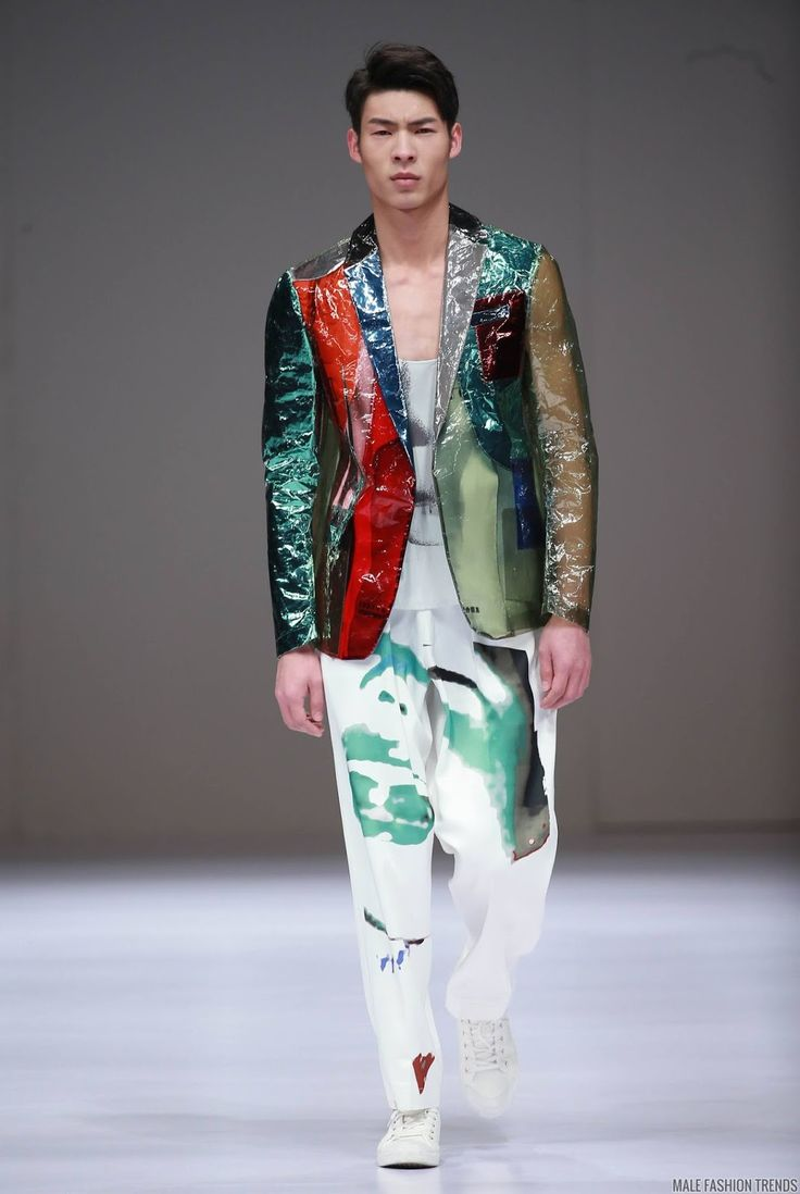 2016 China Fashion Show Outfits That You Probably Won't ...