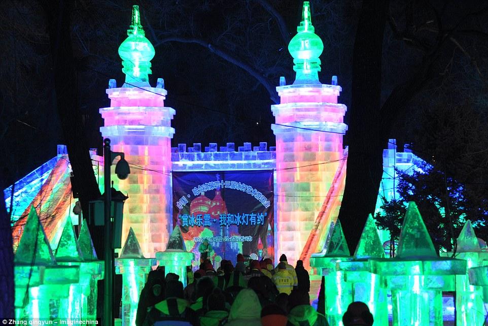 Photos 2017 Harbin Ice Festival Kicks Off