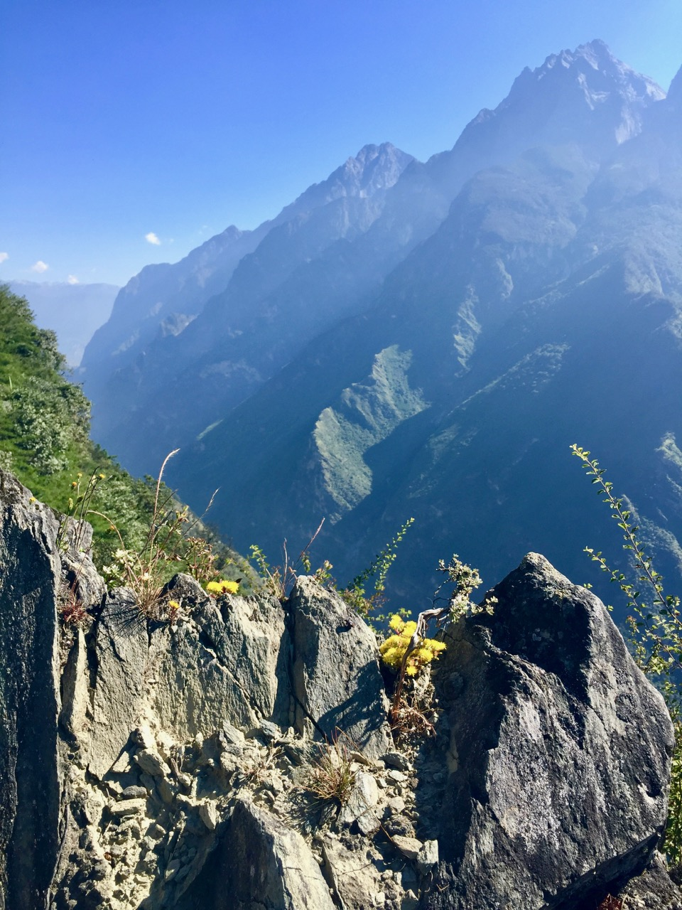 summit-tiger-leaping-gorge