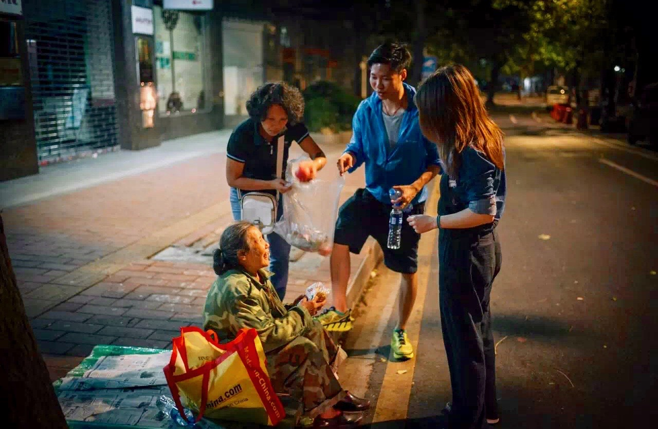Homeless in Guangzhou: How One Group of Volunteers is Lending a Hand