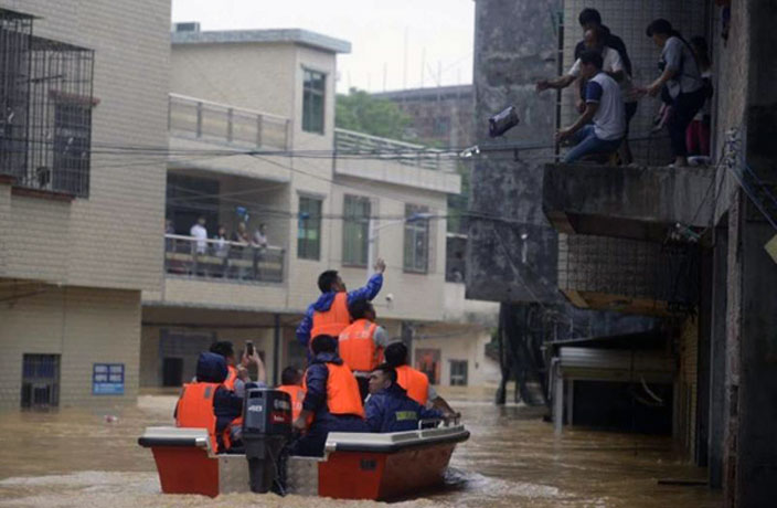 Over 6,000 People Relocated in Guangzhou Due to Record Rains, Flooding