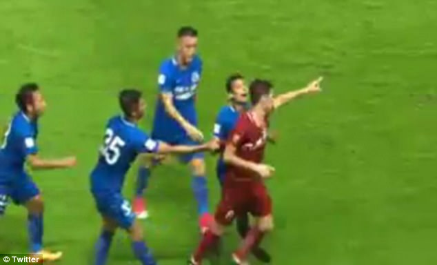 Oscar handed eight-match ban for Chinese Super League brawl
