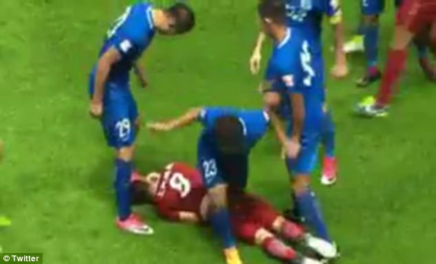 Oscar given eight-match ban for inciting Chinese Super League brawl