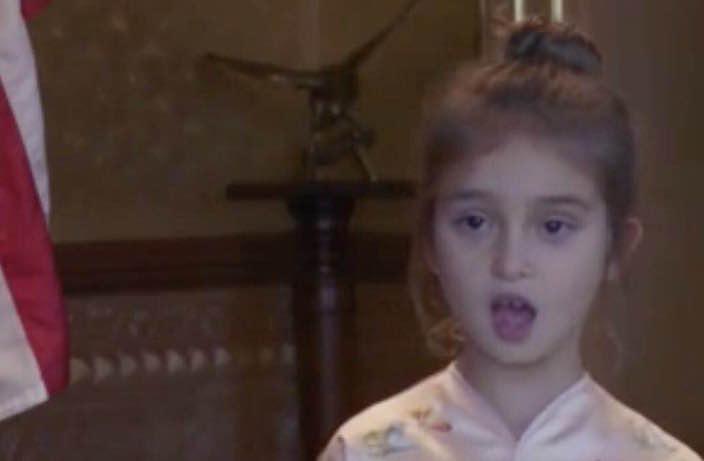 Arabella sings Chinese