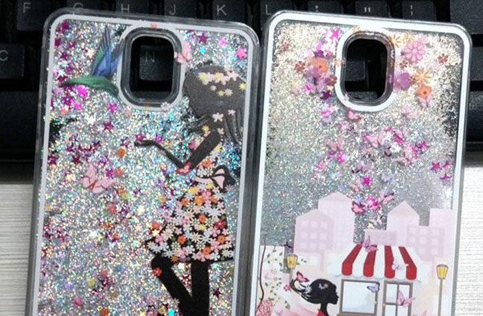 Those Shiny Liquid Phone Cases Are Getting Banned from Flights in China