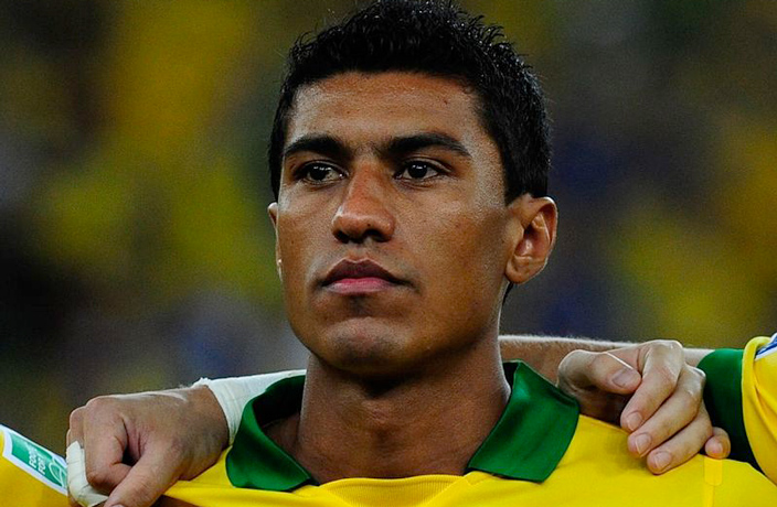Paulinho Returns to Guangzhou Evergrande Less than a Year after Barca Move